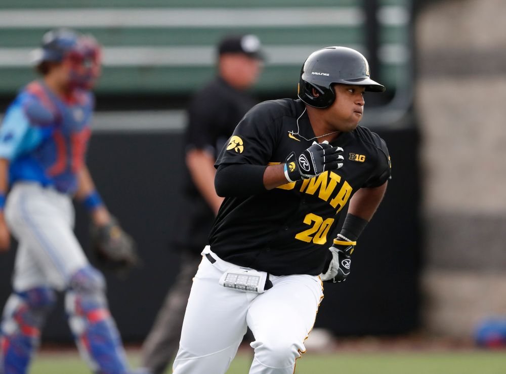 Izaya Fullard against the Ontario Blue Jays Friday, September 21, 2018 at Duane Banks Field. (Brian Ray/hawkeyesports.com)