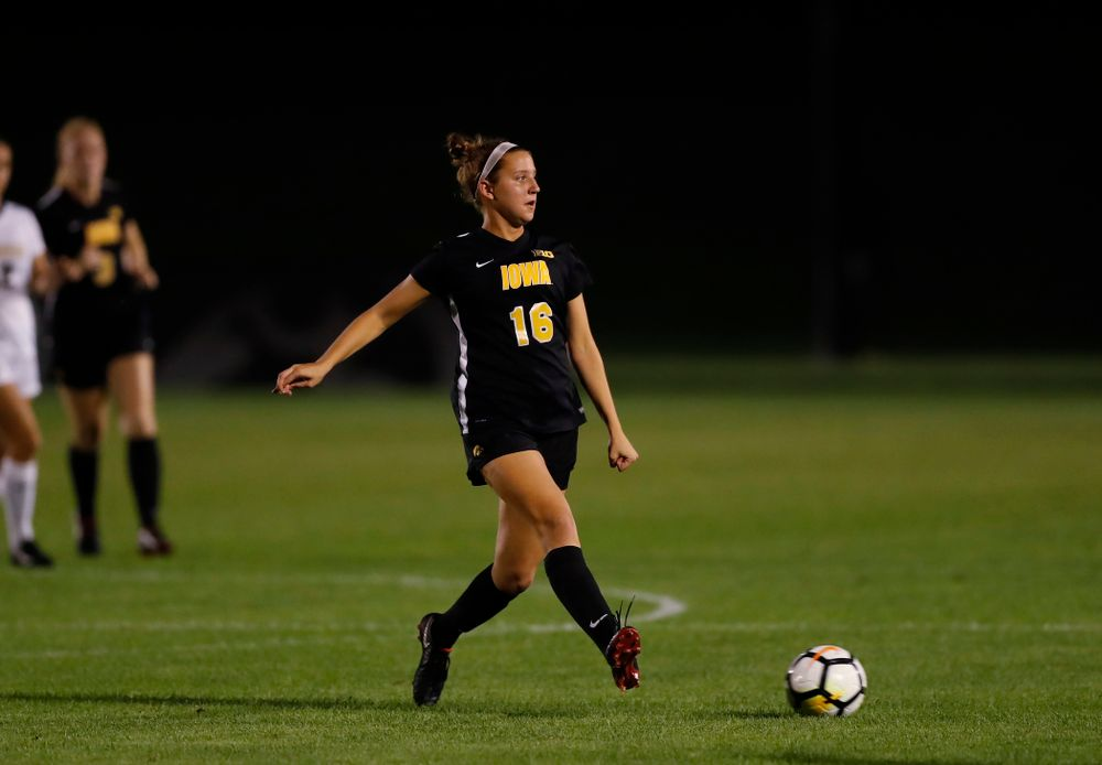 Iowa Hawkeyes Olivia Hellweg (16) against the Purdue Boilermakers Thursday, September 20, 2018 at the Iowa Soccer Complex. (Brian Ray/hawkeyesports.com)