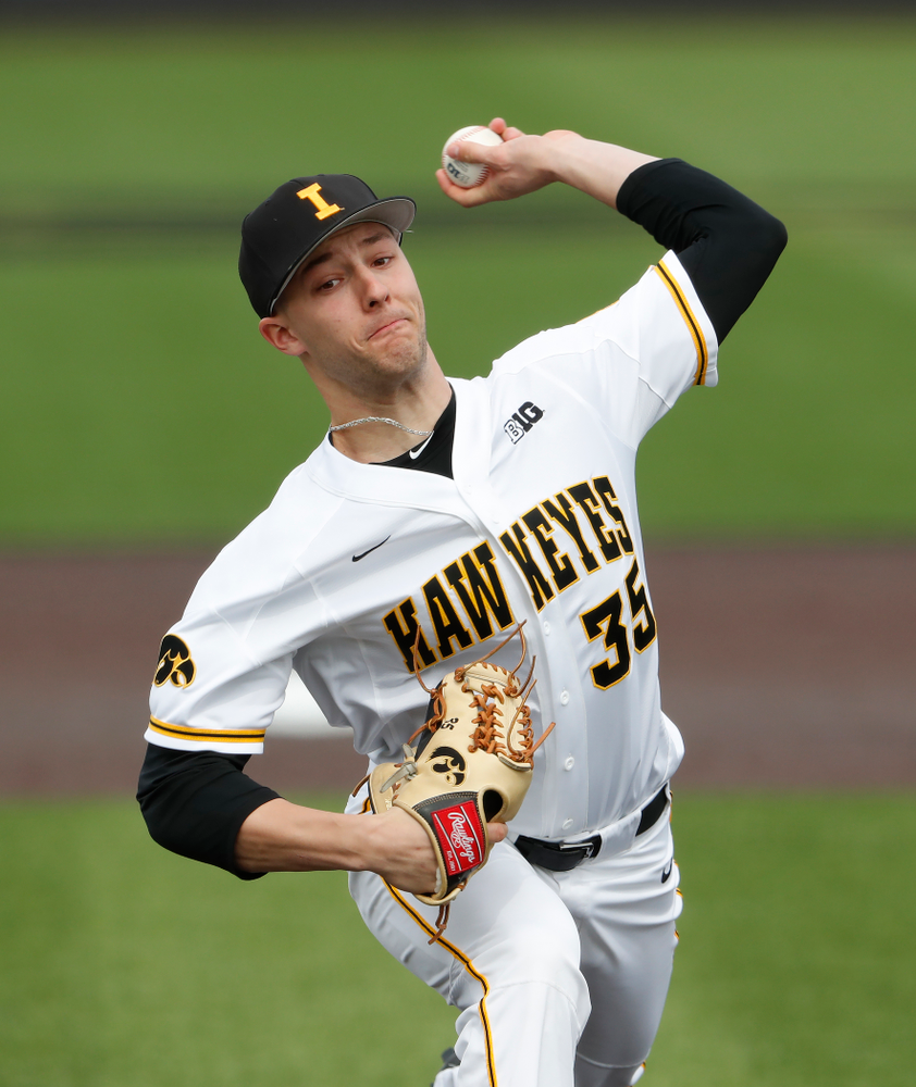 Iowa Hawkeyes pitcher Cam Baumann (35) during a double header against the Indiana Hoosiers Friday, March 23, 2018 at Duane Banks Field. (Brian Ray/hawkeyesports.com)