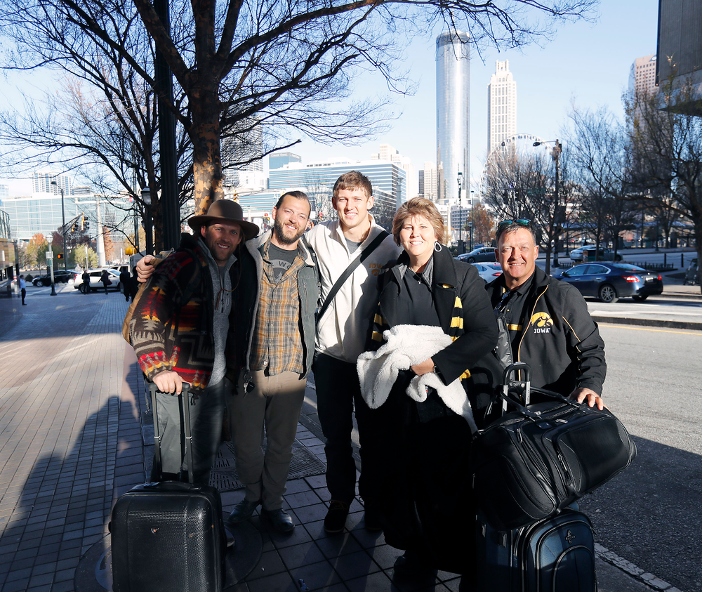 Matt, Andy, T.J., Teri, and Tod Hockenson.