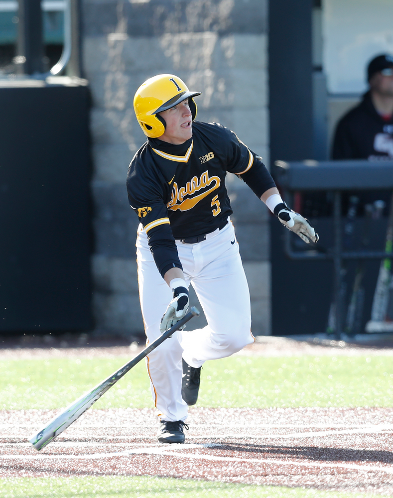 Iowa Hawkeyes catcher Tyler Cropley (5) against Grand View Wednesday, April 4, 2018 at Duane Banks Field. (Brian Ray/hawkeyesports.com)