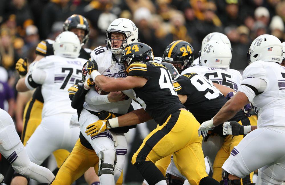 Iowa Hawkeyes linebacker Jack Hockaday (48) against the Northwestern Wildcats Saturday, November 10, 2018 at Kinnick Stadium. (Brian Ray/hawkeyesports.com)