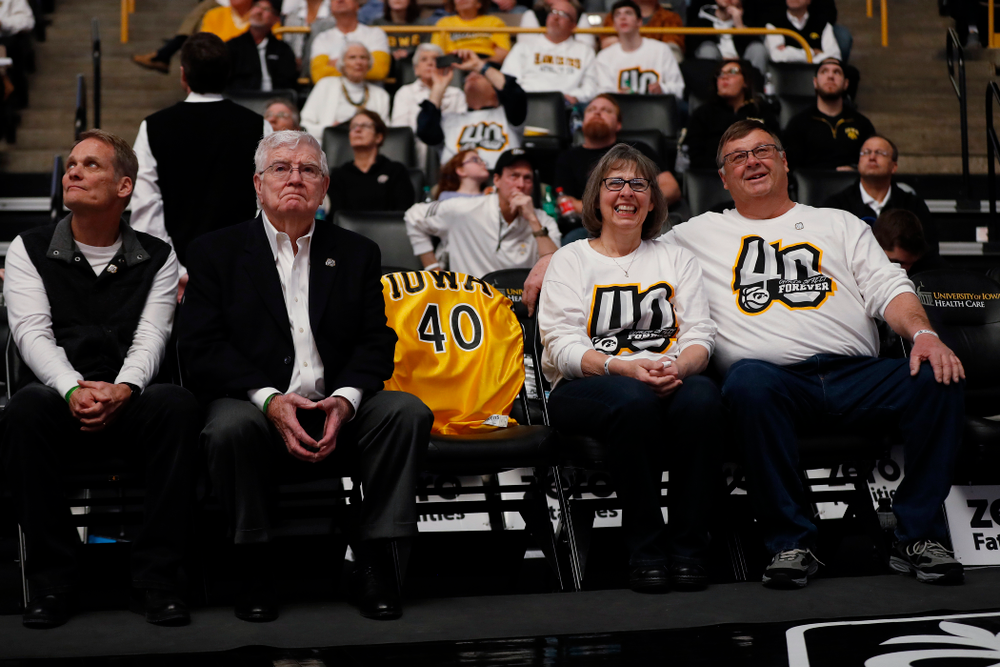 Mike and Patty Street, former head coach Tom Davis, former assistant coach Gary Close