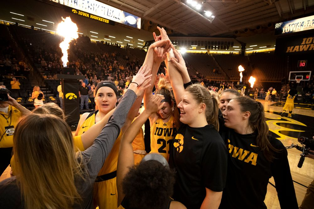 The Iowa Hawkeyes against the Michigan State Spartans Thursday, February 7, 2019 at Carver-Hawkeye Arena. (Brian Ray/hawkeyesports.com)
