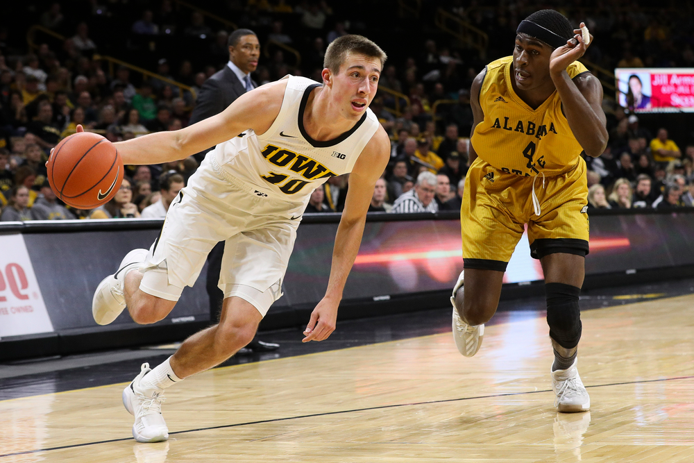 Iowa Hawkeyes guard Joe Wieskamp (10) drives to the basket during a game against Alabama State at Carver-Hawkeye Arena on November 21, 2018. (Tork Mason/hawkeyesports.com)