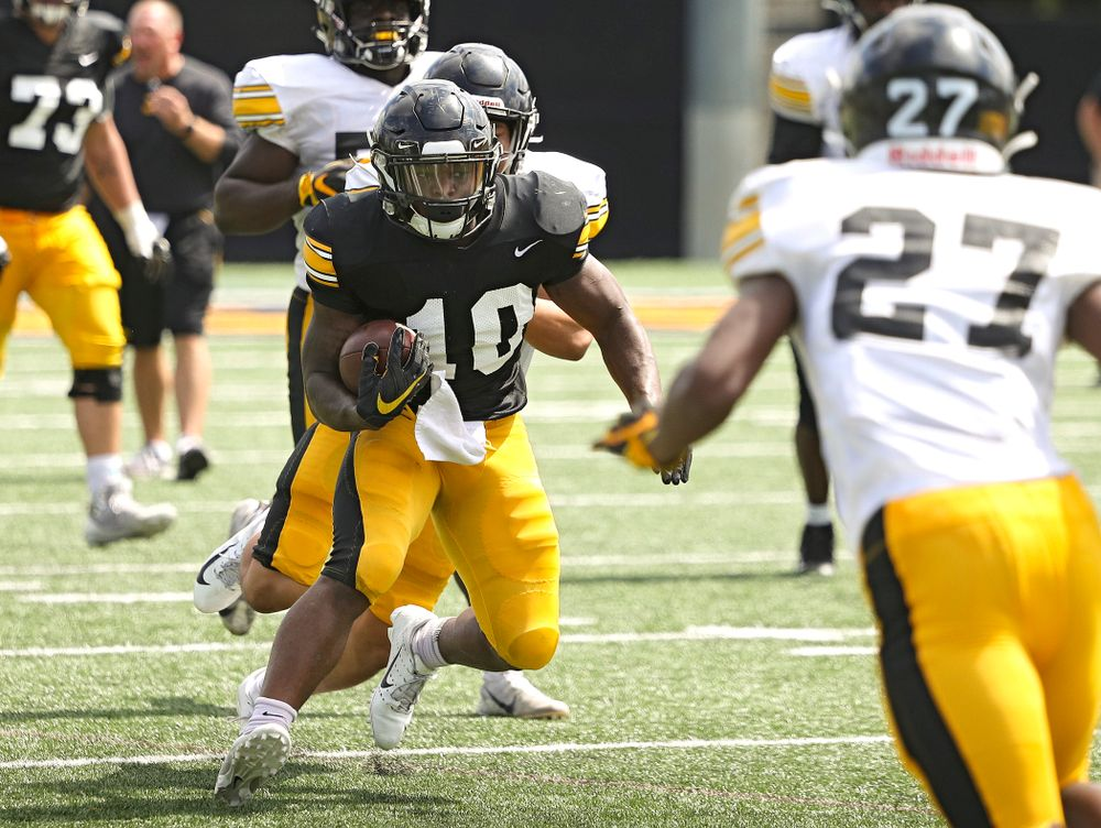 Iowa Hawkeyes running back Mekhi Sargent (10) on a run during Fall Camp Practice No. 11 at the Hansen Football Performance Center in Iowa City on Wednesday, Aug 14, 2019. (Stephen Mally/hawkeyesports.com)