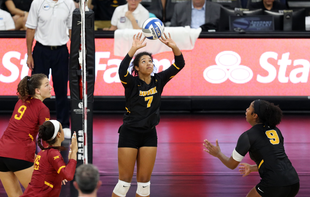Iowa Hawkeyes setter Brie Orr (against the Iowa State Cyclones Saturday, September 21, 2019 at Carver-Hawkeye Arena. (Brian Ray/hawkeyesports.com)