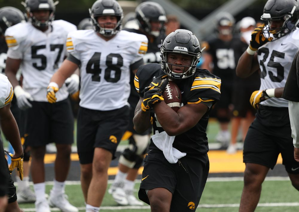 Iowa Hawkeyes running back Mekhi Sargent (10) during practice No. 4 of Fall Camp Monday, August 6, 2018 at the Hansen Football Performance Center. (Brian Ray/hawkeyesports.com)