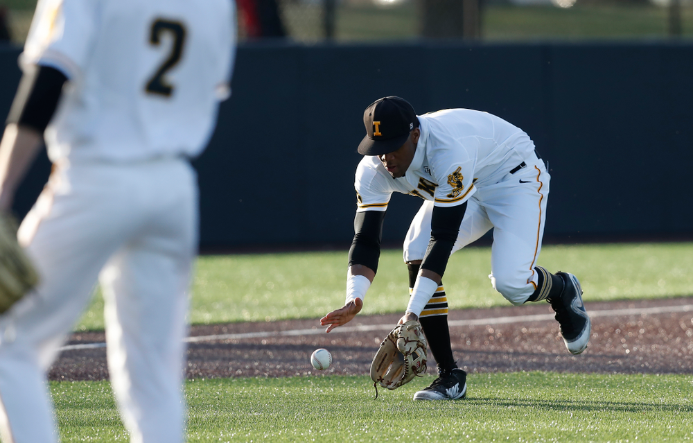 Iowa Hawkeyes third baseman Lorenzo Elion (1) against Northern Illinois Tuesday, April 17, 2018 at Duane Banks Field. (Brian Ray/hawkeyesports.com)