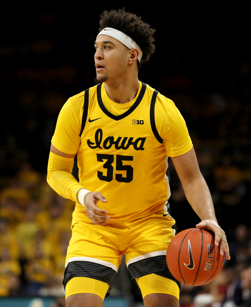 Iowa Hawkeyes forward Cordell Pemsl (35) against the Rutgers Scarlet Knights  Wednesday, January 22, 2020 at Carver-Hawkeye Arena. (Brian Ray/hawkeyesports.com)