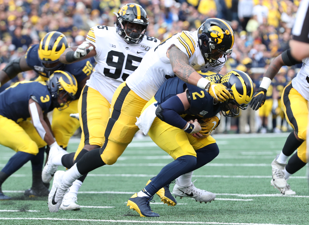 Iowa Hawkeyes defensive end A.J. Epenesa (94) against Michigan Saturday, September 28, 2019 at Kinnick Stadium. (Max Allen/hawkeyesports.com)