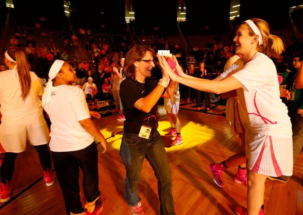 Breast cancer survivor Karen Clemens