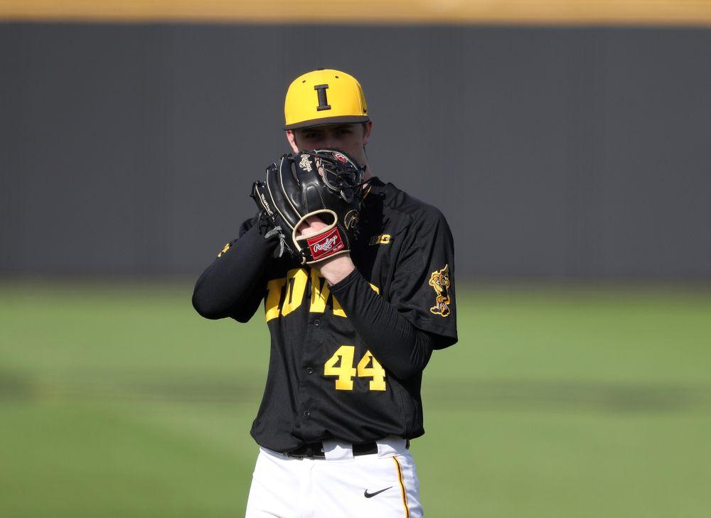 Iowa Hawkeyes Duncan Davitt (44) against California State Northridge Sunday, March 17, 2019 at Duane Banks Field. (Brian Ray/hawkeyesports.com)