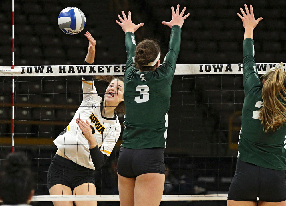 Iowa's Courtney Buzzerio (2) lines up a shot during the fifth set of their volleyball match at Carver-Hawkeye Arena in Iowa City on Sunday, Oct 13, 2019. (Stephen Mally/hawkeyesports.com)