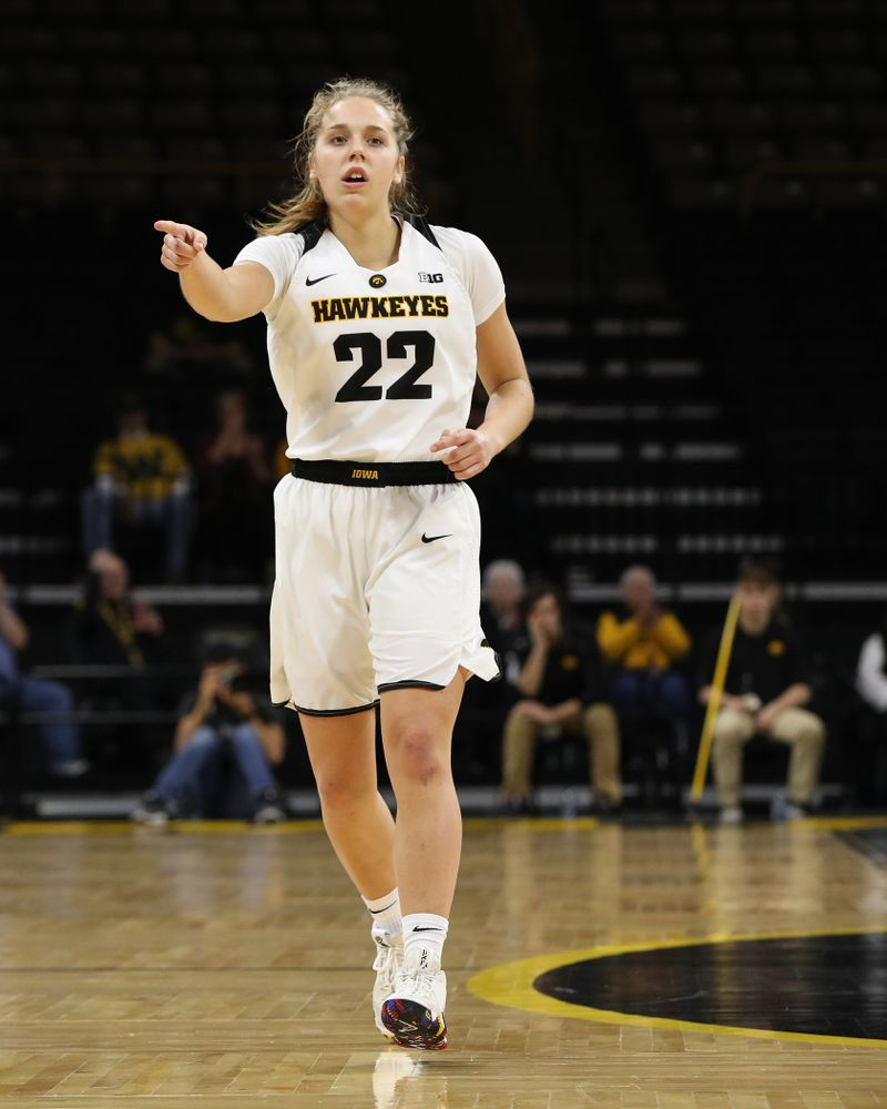 Iowa Hawkeyes guard Kathleen Doyle (22) against the Wisconsin Badgers Monday, January 7, 2019 at Carver-Hawkeye Arena.  (Brian Ray/hawkeyesports.com)