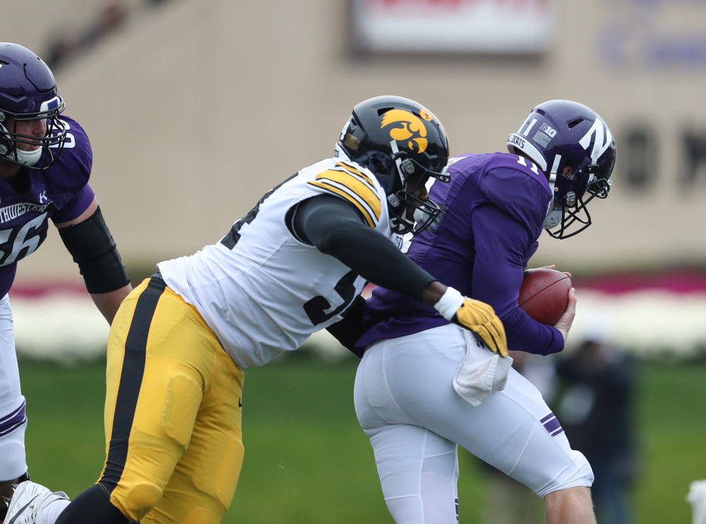 Iowa Hawkeyes defensive tackle Daviyon Nixon (54) against the Northwestern Wildcats Saturday, October 26, 2019 at Ryan Field in Evanston, Ill. (Brian Ray/hawkeyesports.com)