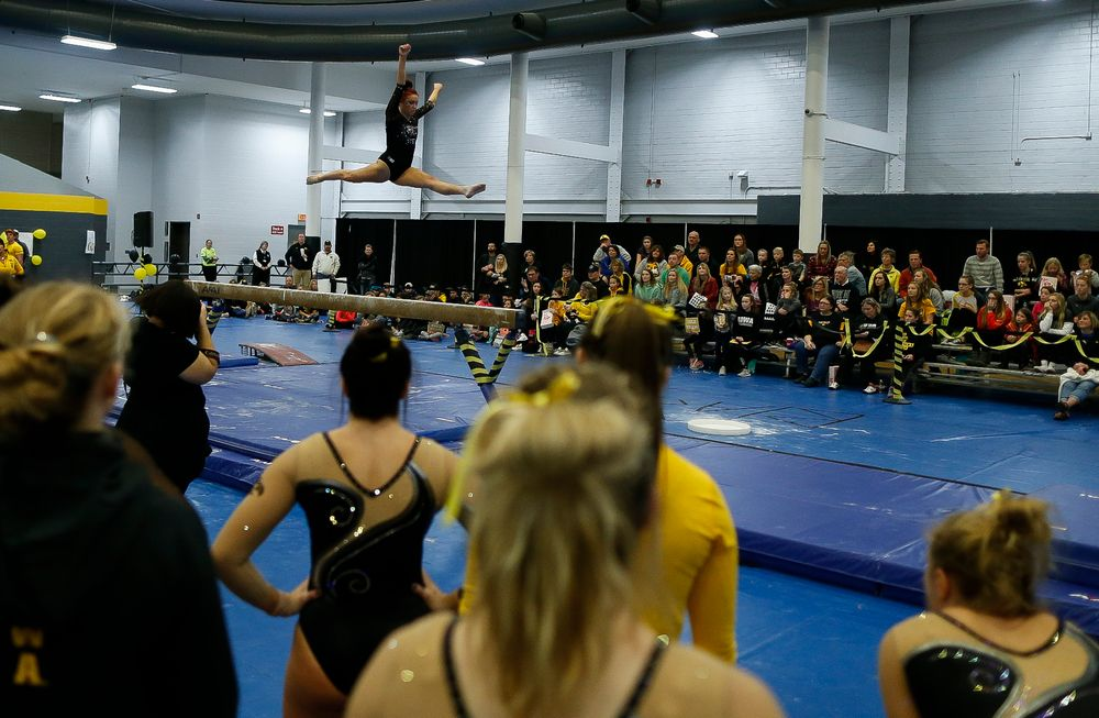 Maria Ortiz competes on the balance beam during the Black and Gold Intrasquad meet at the Field House on 12/2/17. (Tork Mason/hawkeyesports.com)