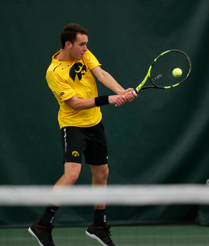 against the Illinois Fighting Illini Saturday, March 31, 2018 at Hawkeye Tennis and Recreation Center. (Brian Ray/hawkeyesports.com)