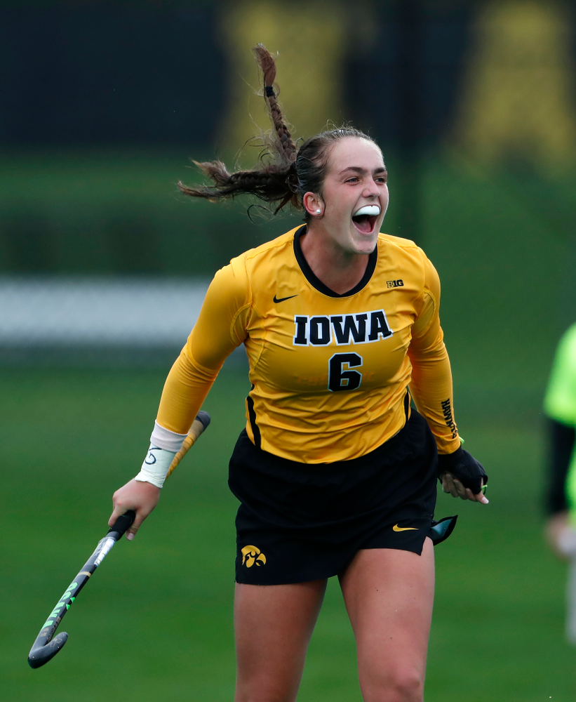Iowa Hawkeyes Anthe Nijziel (6) celebrates a goal against Stanford Sunday, October 7, 2018 at Grant Field. (Brian Ray/hawkeyesports.com)