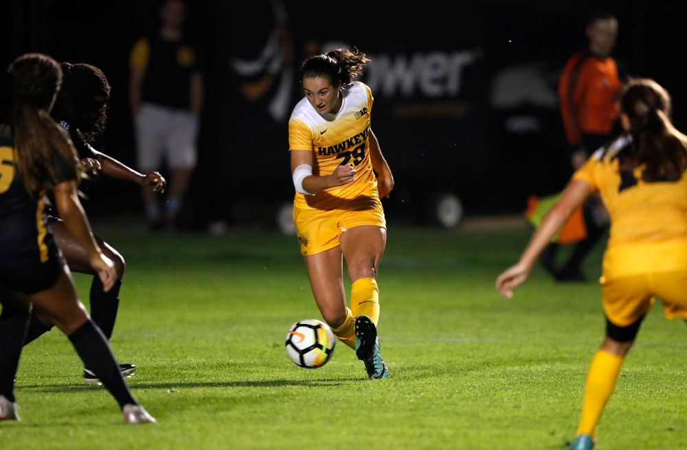 Iowa Hawkeyes Kaleigh Haus (4) against the Missouri Tigers Friday, August 17, 2018 at the Iowa Soccer Complex. (Brian Ray/hawkeyesports.com)