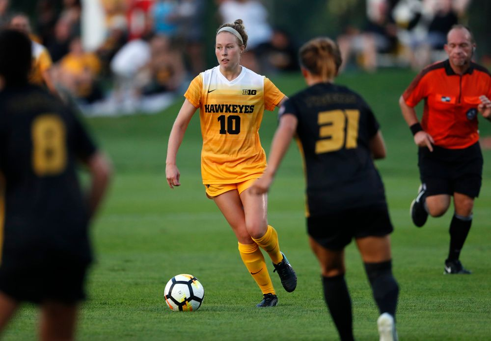 Iowa Hawkeyes Natalie Winters (10) against the Missouri Tigers Friday, August 17, 2018 at the Iowa Soccer Complex. (Brian Ray/hawkeyesports.com)