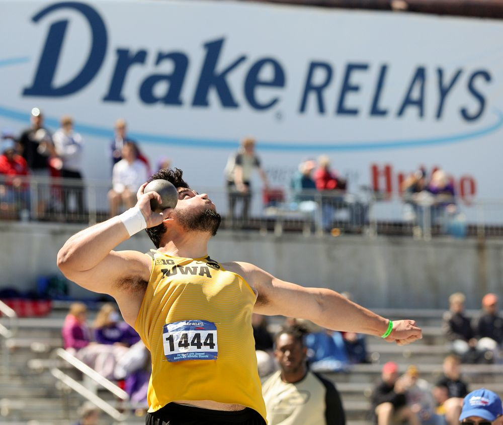 Iowa's Reno Tuufuli throws in the men's shot put event during the second day of the Drake Relays at Drake Stadium in Des Moines on Friday, Apr. 26, 2019. (Stephen Mally/hawkeyesports.com)