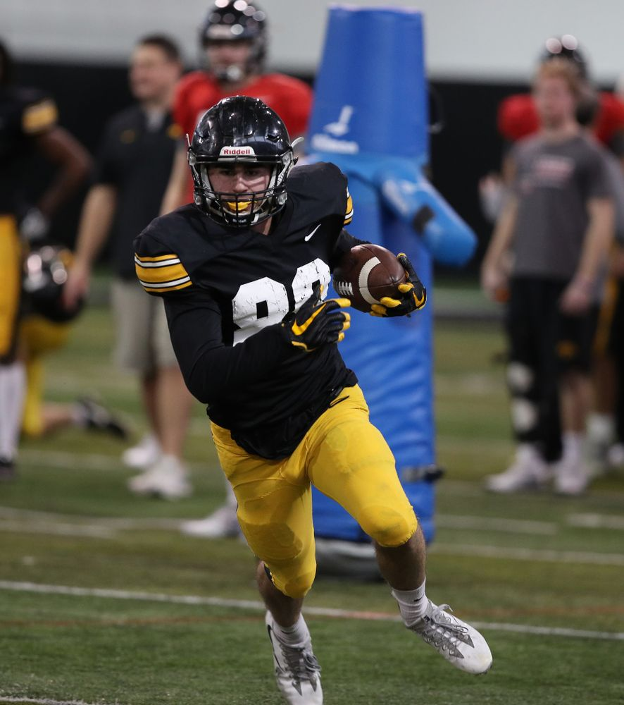 Iowa Hawkeyes wide receiver Nico Ragaini (89) during preparation for the 2019 Outback Bowl Wednesday, December 19, 2018 at the Hansen Football Performance Center. (Brian Ray/hawkeyesports.com)