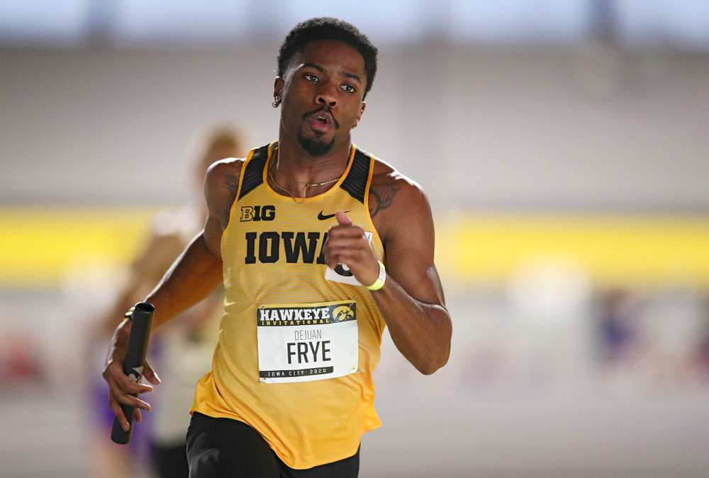 Iowa's DeJuan Frye runs the men's 1600 meter relay event during the Hawkeye Invitational at the Recreation Building in Iowa City on Saturday, January 11, 2020. (Stephen Mally/hawkeyesports.com)