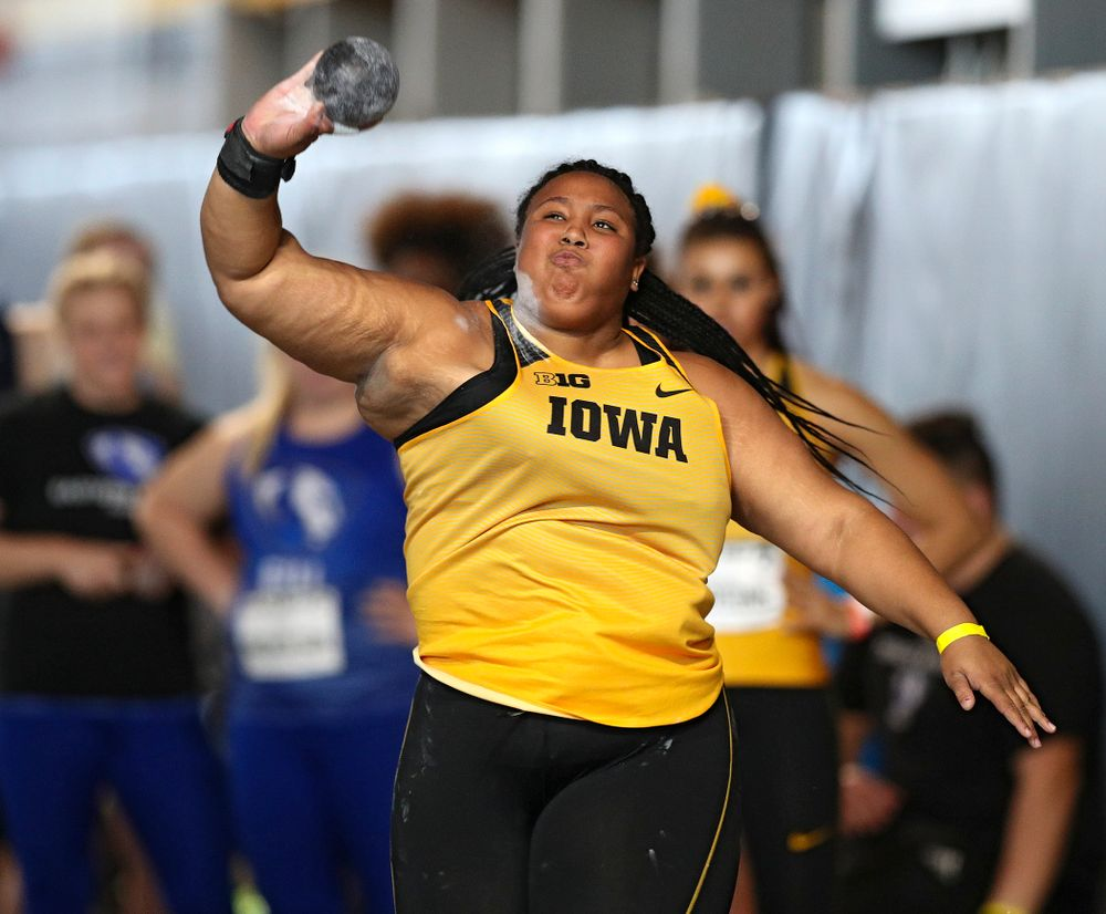 Iowa's Ianna Roach competes in the women's shot put event at the Black and Gold Invite at the Recreation Building in Iowa City on Saturday, February 1, 2020. (Stephen Mally/hawkeyesports.com)
