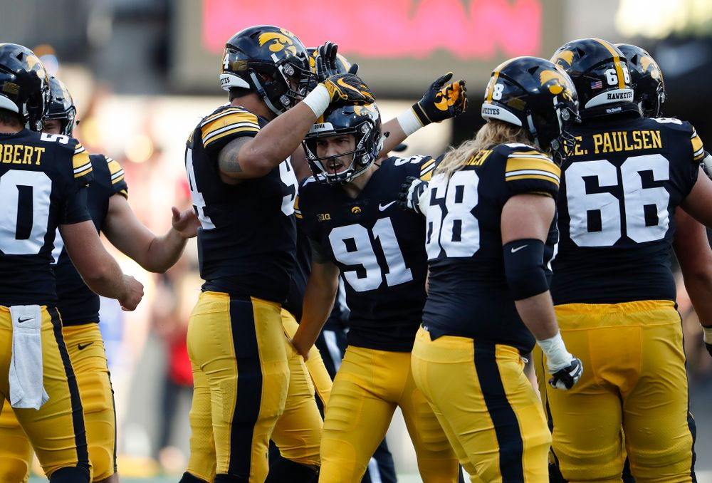Iowa Hawkeyes place kicker Miguel Recinos (91) celebrates after making a field goal against the Iowa State Cyclones Saturday, September 8, 2018 at Kinnick Stadium. (Brian Ray/hawkeyesports.com)