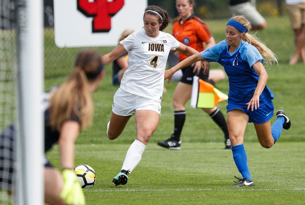 Iowa Hawkeyes forward Kaleigh Haus (4)