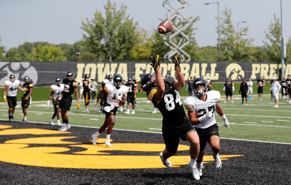 Iowa Hawkeyes wide receiver Nick Easley (84) during practice No. 7 of fall camp Friday, August 10, 2018 at the Kenyon Football Practice Facility. (Brian Ray/hawkeyesports.com)