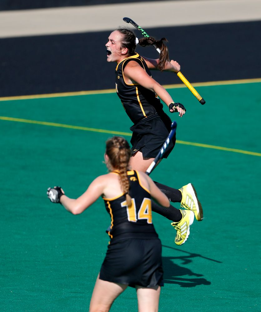Iowa Hawkeyes Anthe Nijziel (6) celebrates after scoring against the Penn Quakers Friday, September 14, 2018 at Grant Field. (Brian Ray/hawkeyesports.com)