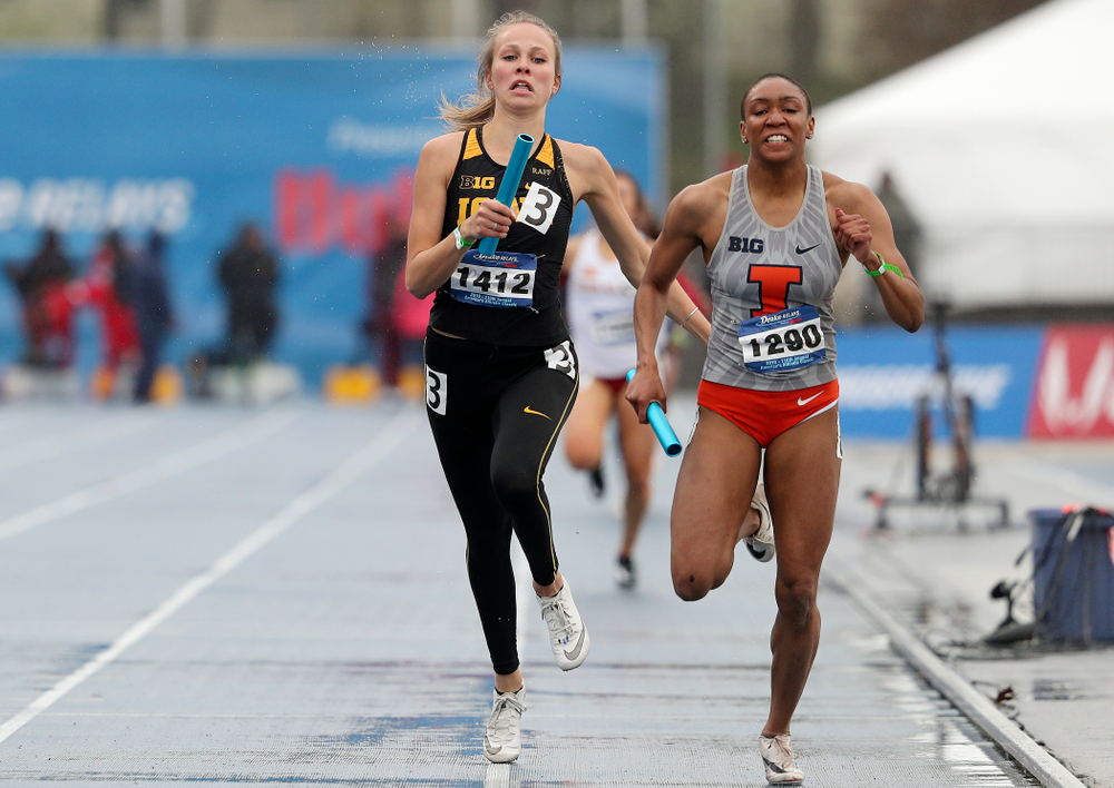 Iowa's Payton Wensel runs the women's 1600 meter relay event during the third day of the Drake Relays at Drake Stadium in Des Moines on Saturday, Apr. 27, 2019. (Stephen Mally/hawkeyesports.com)