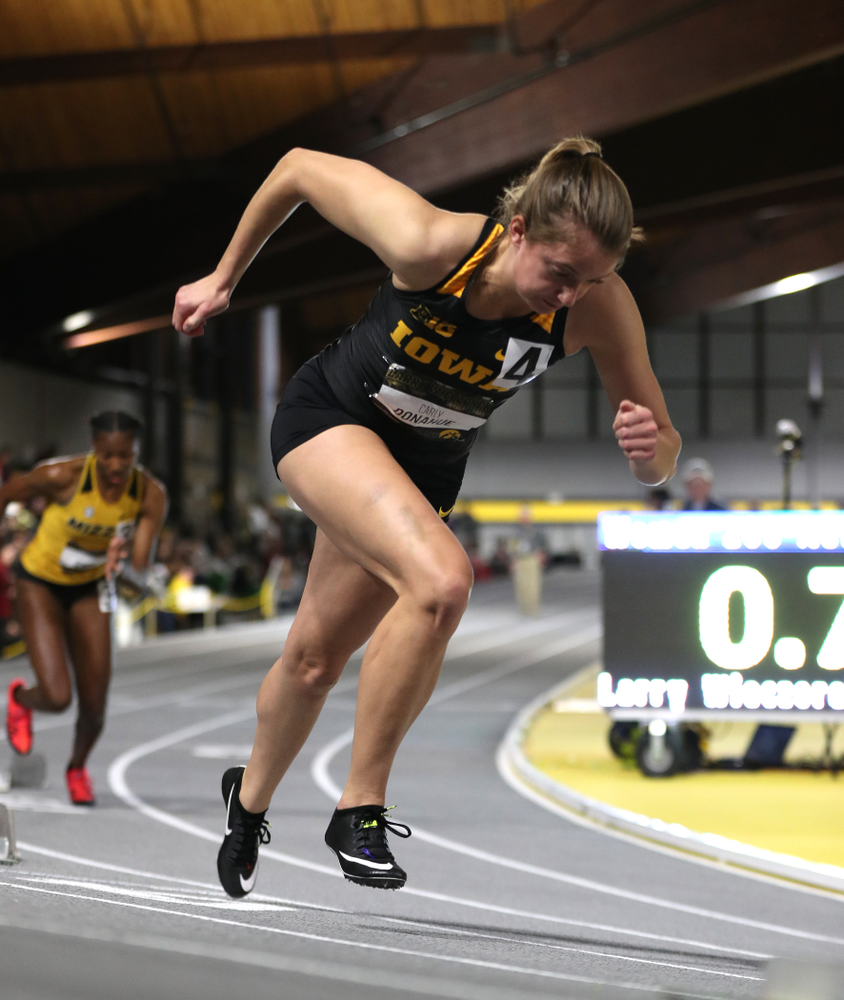 Iowa's Carly Donahue runs the 200-meters during the 2019 Larry Wieczorek Invitational  Friday, January 18, 2019 at the Hawkeye Tennis and Recreation Center. (Brian Ray/hawkeyesports.com)