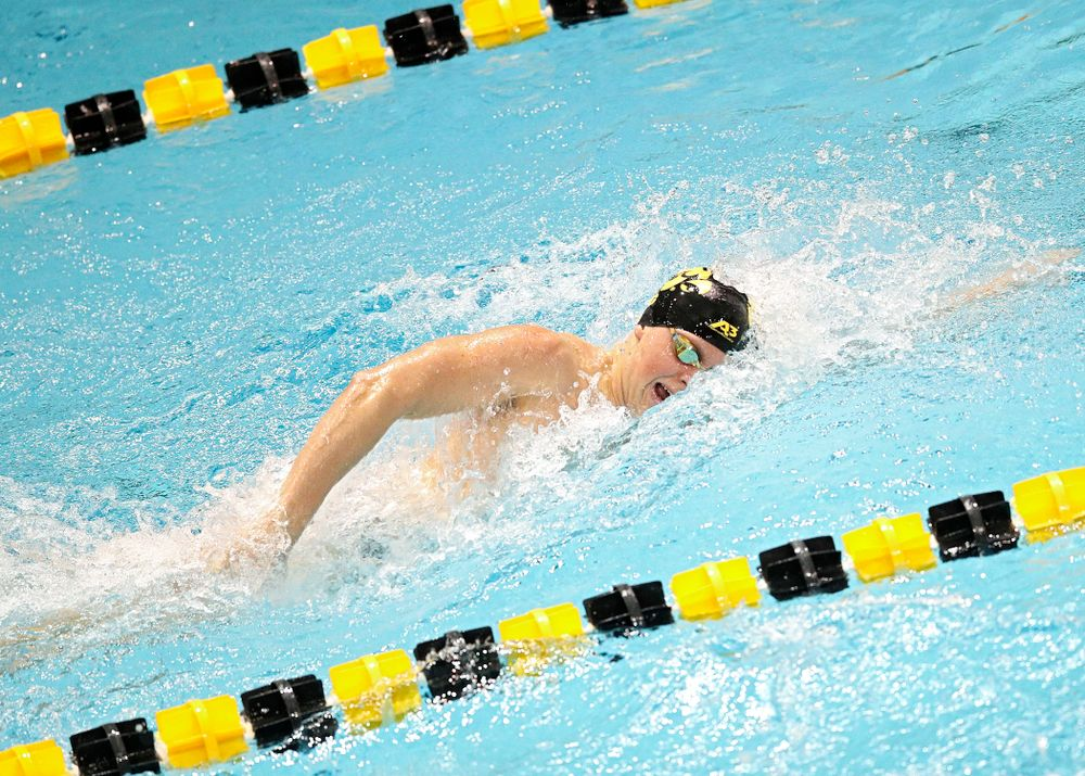 Iowa's Evan Holt swims the men's 200 yard freestyle event during their meet at the Campus Recreation and Wellness Center in Iowa City on Friday, February 7, 2020. (Stephen Mally/hawkeyesports.com)