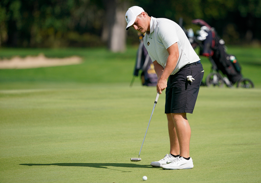 Iowa's Alex Schaake putts during the second day of the Golfweek Conference Challenge at the Cedar Rapids Country Club in Cedar Rapids on Monday, Sep 16, 2019. (Stephen Mally/hawkeyesports.com)