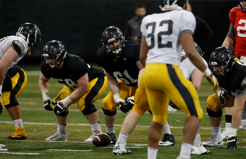 Iowa Hawkeyes offensive lineman Cole Banwart (61) during spring practice No. 13 Wednesday, April 18, 2018 at the Hansen Football Performance Center. (Brian Ray/hawkeyesports.com)