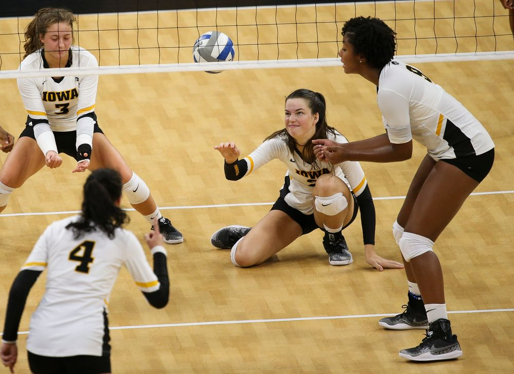 Iowa Hawkeyes setter Courtney Buzzerio (2)