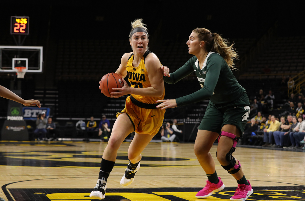 Iowa Hawkeyes forward Hannah Stewart (21) against the Michigan State Spartans Thursday, February 7, 2019 at Carver-Hawkeye Arena. (Brian Ray/hawkeyesports.com)
