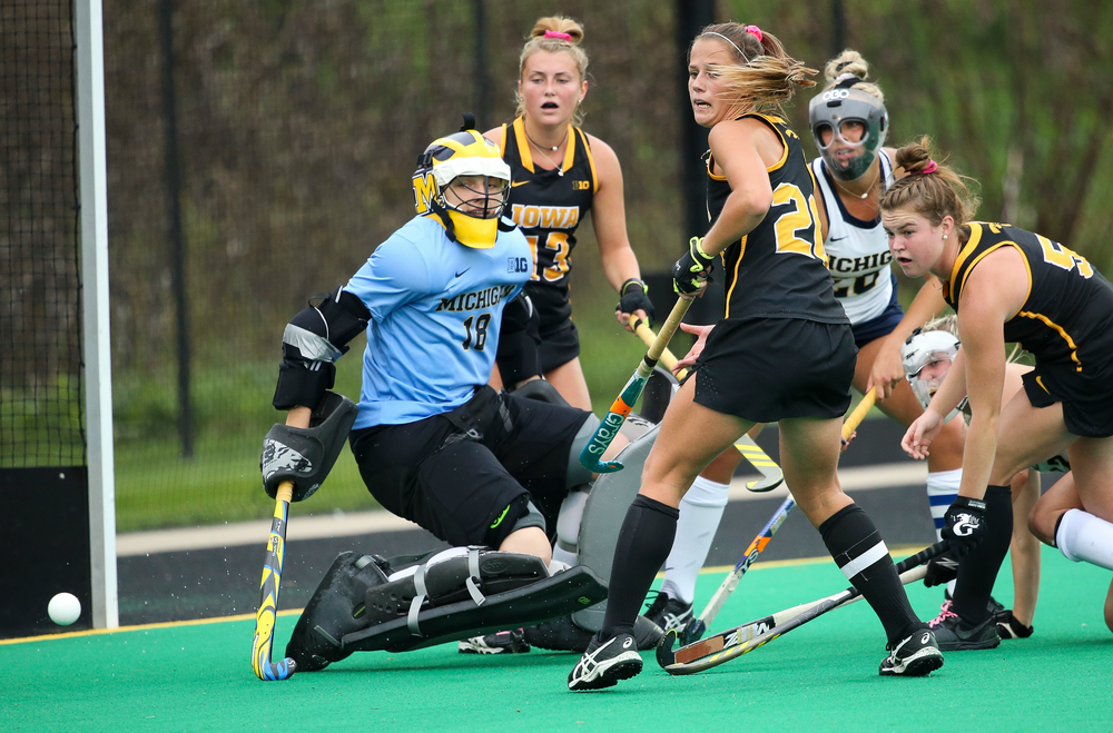 Iowa Hawkeyes midfielder Sophie Sunderland (20) chases down a deflected shot during a game against Michigan at Grant Field on October 5, 2018. (Tork Mason/hawkeyesports.com)