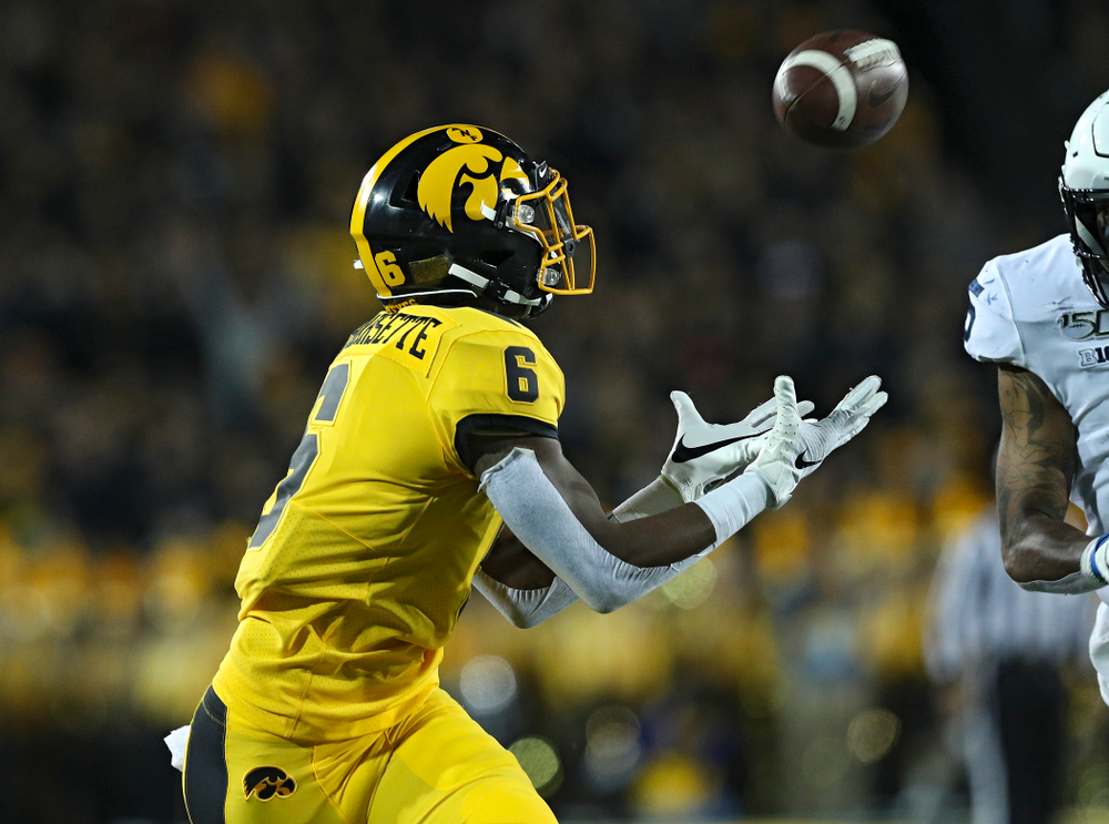 Iowa Hawkeyes wide receiver Ihmir Smith-Marsette (6) pulls in a pass during the second quarter of their game at Kinnick Stadium in Iowa City on Saturday, Oct 12, 2019. (Stephen Mally/hawkeyesports.com)