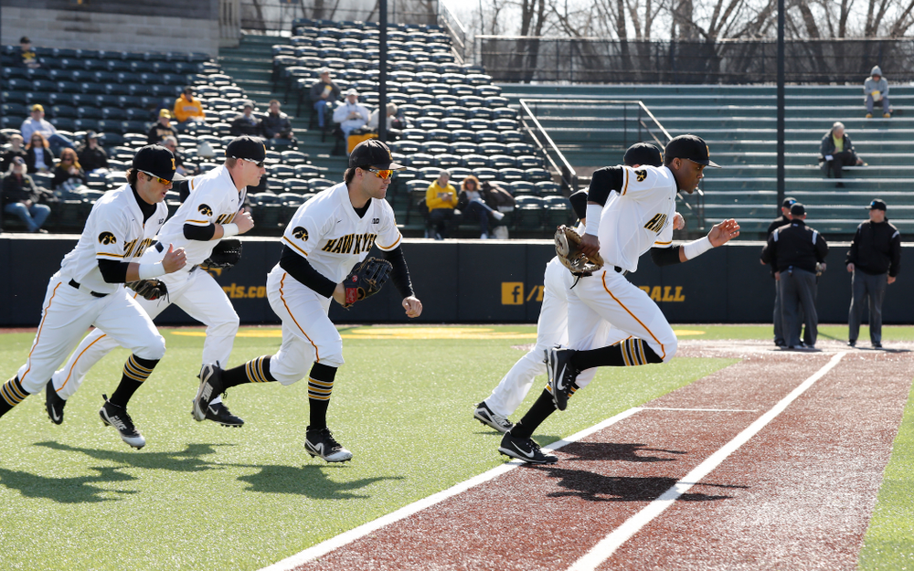 The Iowa Hawkeyes take the field against Northern Illinois Tuesday, April 17, 2018 at Duane Banks Field. (Brian Ray/hawkeyesports.com)
