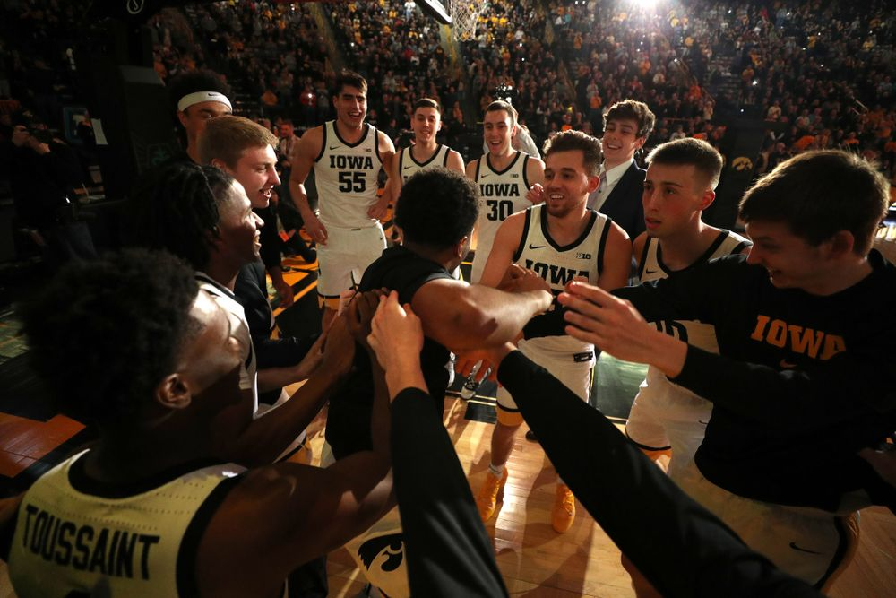 The Iowa Hawkeyes get pumped up before their game against the Minnesota Golden Gophers Monday, December 9, 2019 at Carver-Hawkeye Arena. (Brian Ray/hawkeyesports.com)