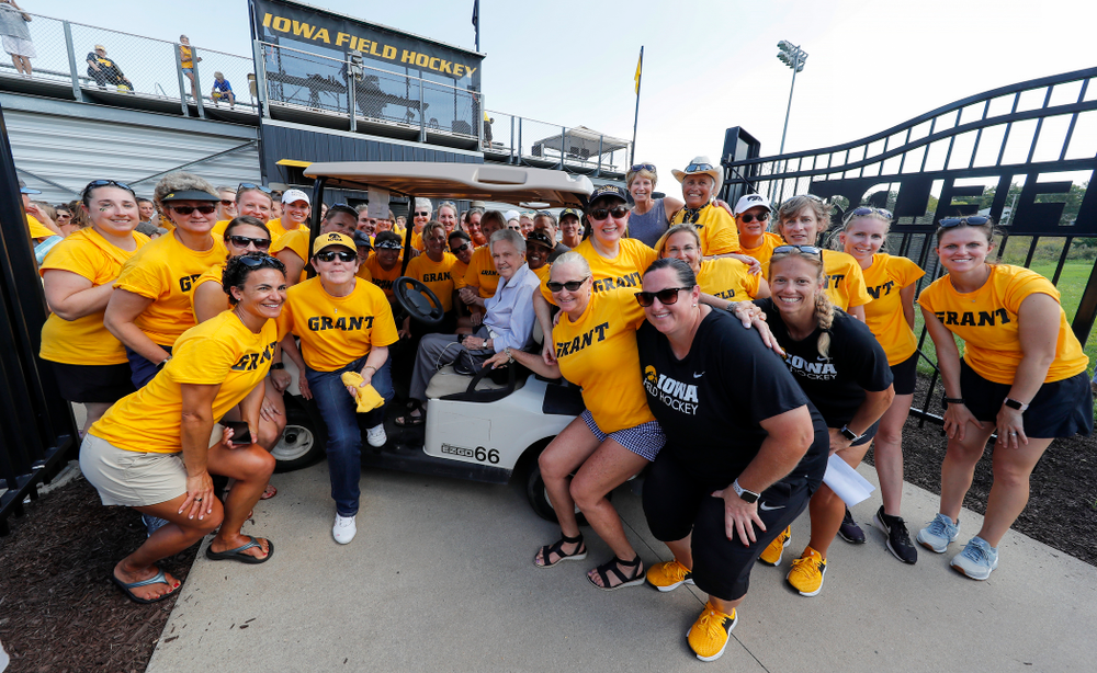 Iowa Field Hockey Alumni pose for a photo with Dr. Christine Grant following the Iowa Hawkeyes victory over Indiana Sunday, September 16, 2018 at Grant Field. (Brian Ray/hawkeyesports.com)