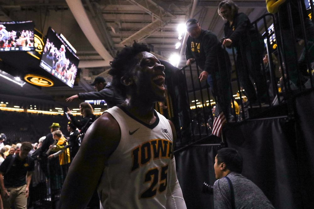 Iowa Hawkeyes forward Tyler Cook (25) celebrates after defeating the Michigan Wolverines Friday, February 1, 2019 at Carver-Hawkeye Arena. (Brian Ray/hawkeyesports.com)
