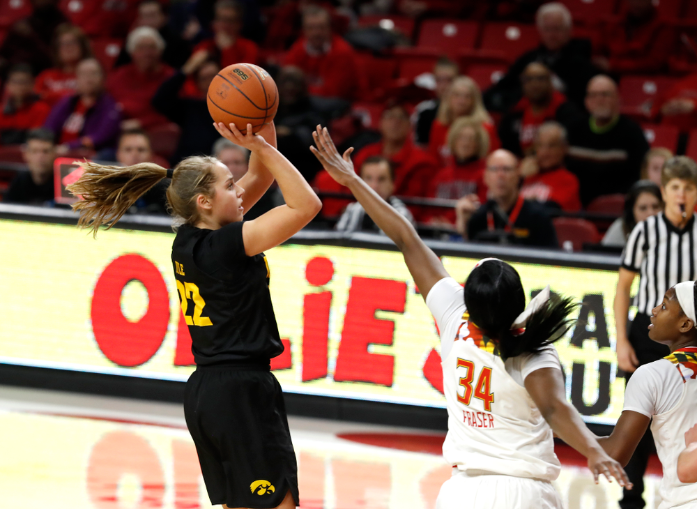 Iowa Hawkeyes guard Kathleen Doyle (22)