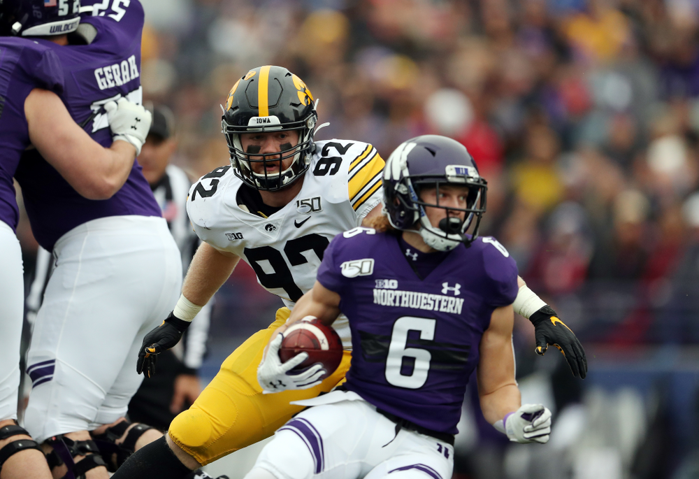 Iowa Hawkeyes defensive lineman John Waggoner (92) against the Northwestern Wildcats Saturday, October 26, 2019 at Ryan Field in Evanston, Ill. (Brian Ray/hawkeyesports.com)