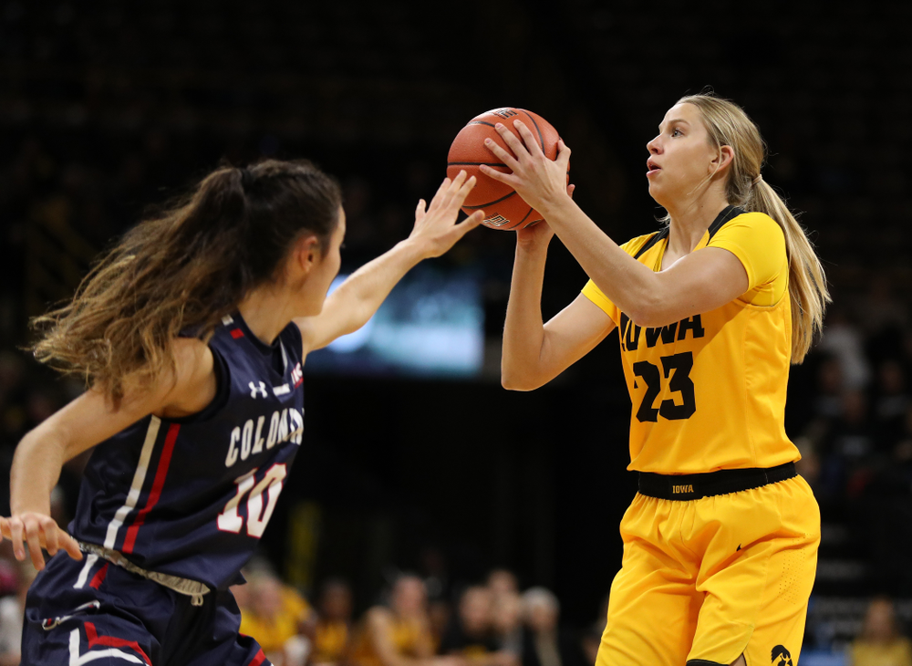 Iowa Hawkeyes forward Logan Cook (23) against the Robert Morris Colonials Sunday, December 2, 2018 at Carver-Hawkeye Arena. (Brian Ray/hawkeyesports.com)