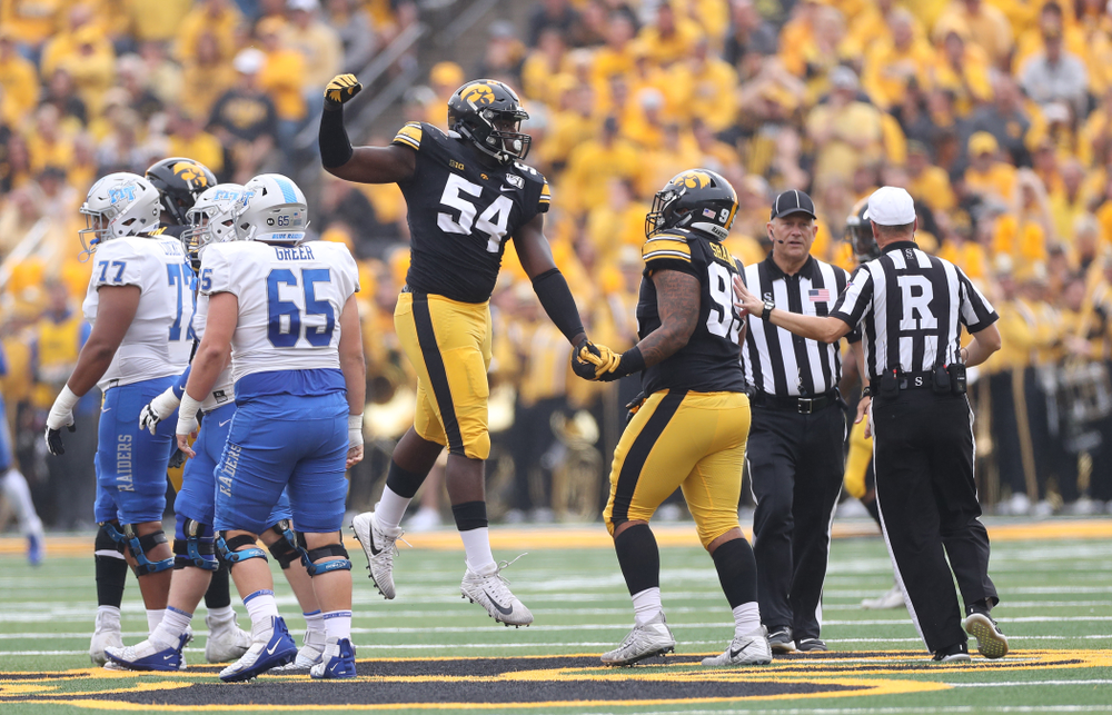 Iowa Hawkeyes defensive tackle Daviyon Nixon (54) against Middle Tennessee State Saturday, September 28, 2019 at Kinnick Stadium. (Max Allen/hawkeyesports.com)